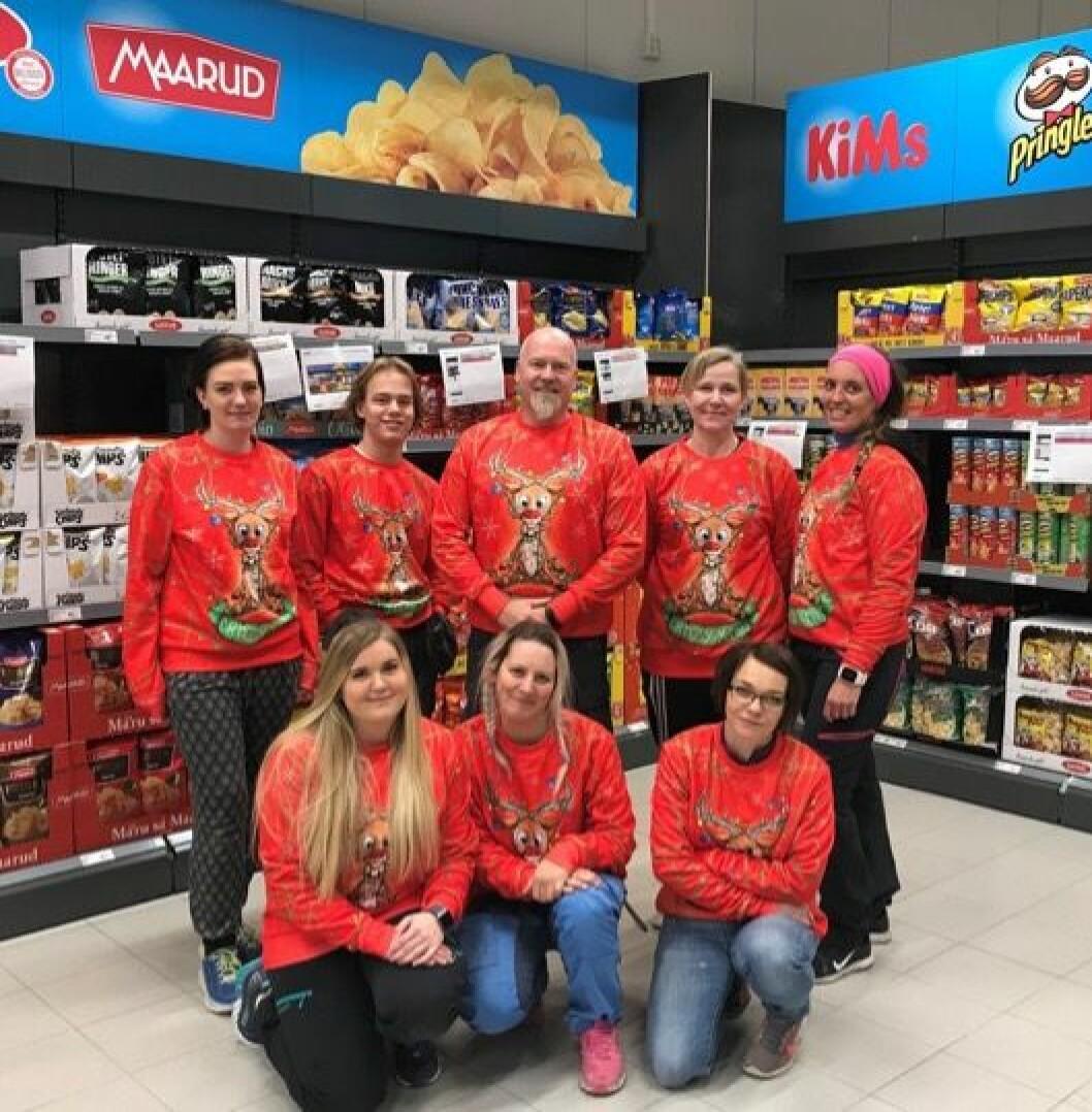 Europristeam Rjukan trår nå til i ny butikk mens julehandelen tar seg opp. (Foto: Europris)