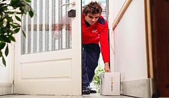 Testet hjemlevering hvor kundene fjernåpner døra