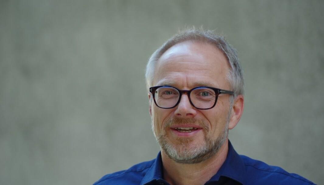Bjørn Helge Nygaard i Prognosesenteret mener at myndighetene mangler god begrunnelse for nedstengning av butikker i kjøpesentre og varehus.