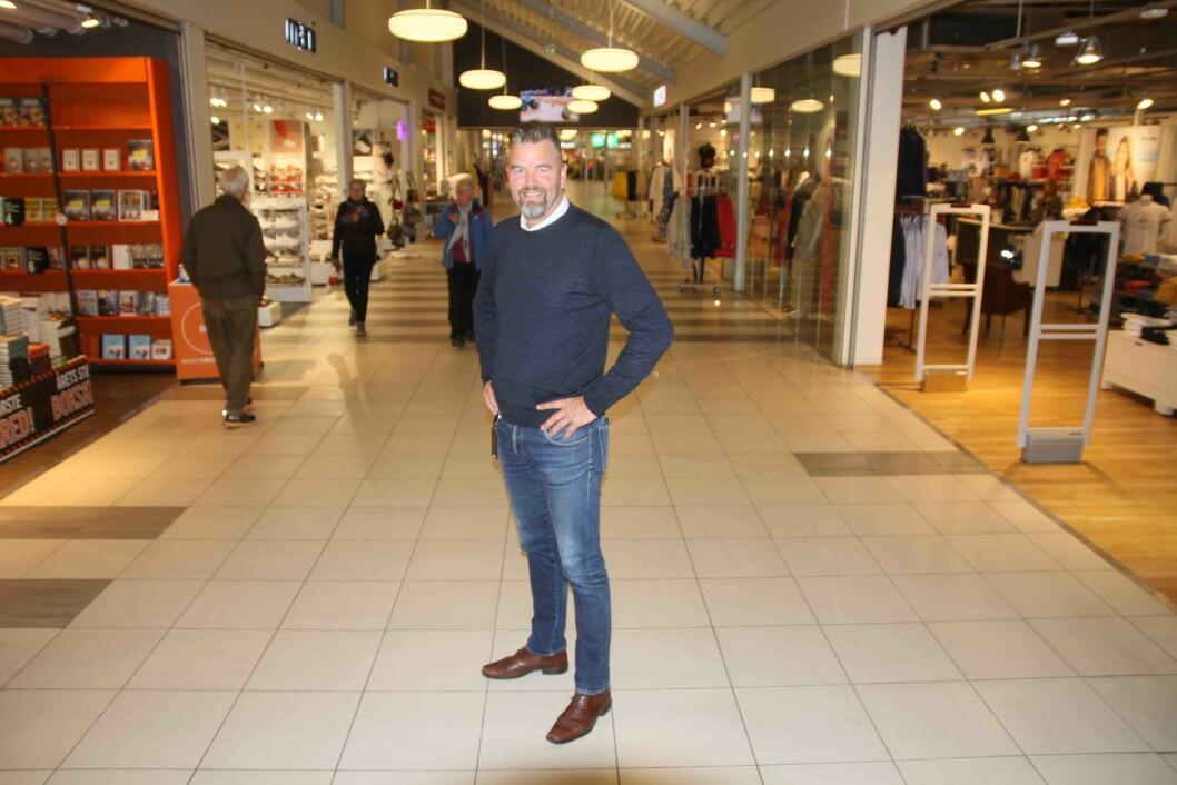 Senterleder Terje Børtveit i Heiane Storsenter på Stord er fornøyd med at de har bidratt til å begrense handelslekkasjen til Haugesund og storfornøyd med å ha en eier som er tett på. – Vi kan ta raske beslutninger og gjør stort sett som vi selv vil, smiler han.