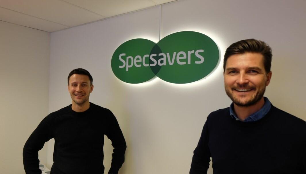 Philip Reiler (head of PR Norway) og Henning Eriksen (Norgessjef) er fornøyd at Specsavers er med på lista til Great Place to Work.