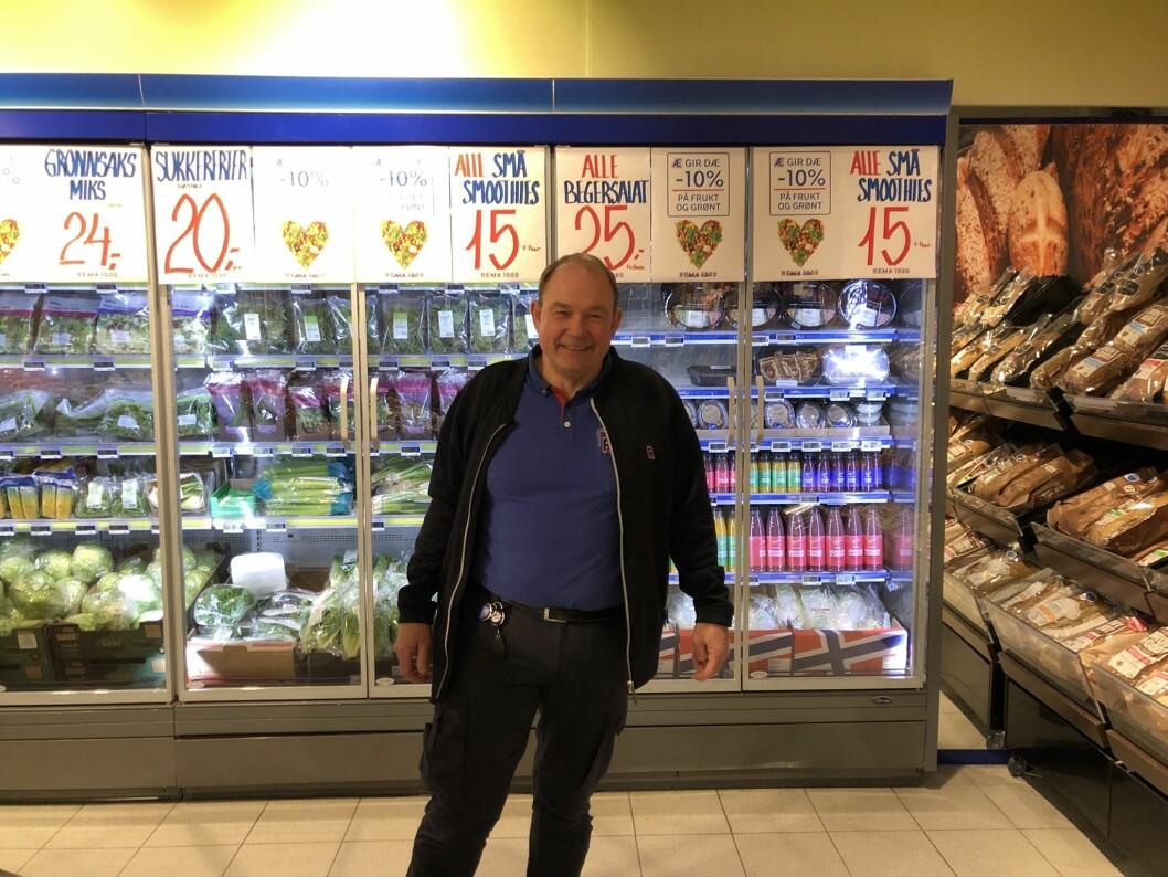 Kjøpmann Tor Ole Vikse ved REMA 1000 Bygnes stiller høye krav til seg selv.