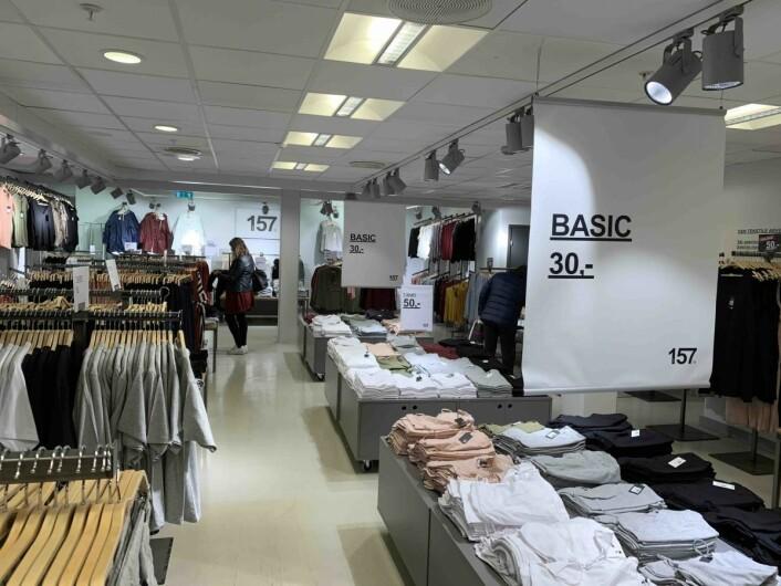 Basis-klær til svært konkurransedyktige priser.
