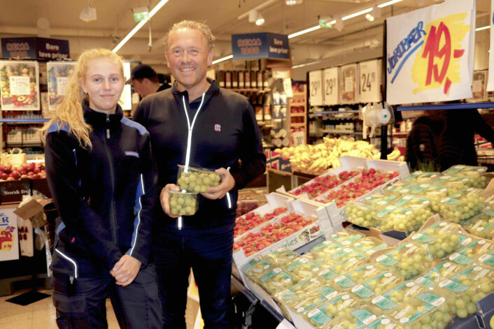 Pappa Ove med eldstebarnet Sophie Boye Forstrønen (21) som studerer 'Retail Management' på Handelshøyskolen BI i Bergen.(Foto: Liv Strømme/TunellSyn)
