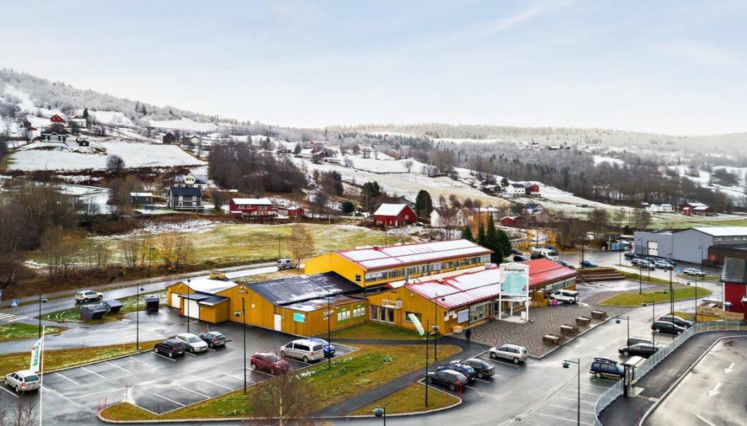 Ålentorget er i dobbelt forstand senteret i Ålen. (Foto: Holtålen kommune)