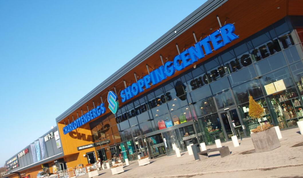 Nordmenns grensehandling på dagsturer, bl.a. til Charlottenberg Shoppingcenter, har økt med 2,3 milliarder kroner det siste året. (Foto: Odd Henrik Vanebo)