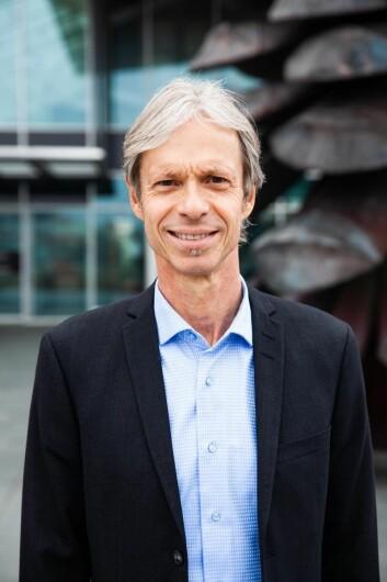 Direktør Thomas Skålnesved Sartor Storsenter kan konstatere at de har klart å få redusert felleskostnadene med 30 prosent.