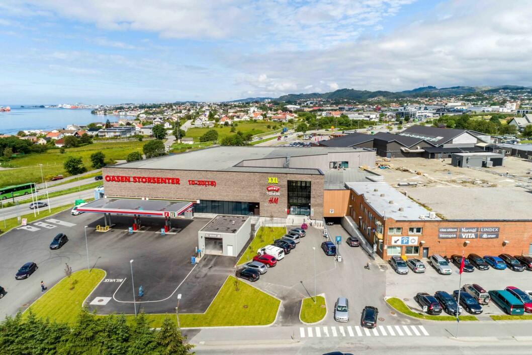 Oasen Storsenter har tatt form med ferdig utbygging og oppgradering. Med XXL på plass. Senteret ligger i Karmøy kommune, men på fastlandet rett sør for Haugesund. Alle fotos: Oasen