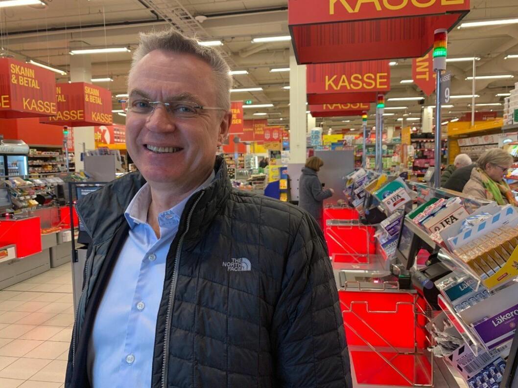 Dag Roger Rinde vil satse på Extra. (Foto: Coop)