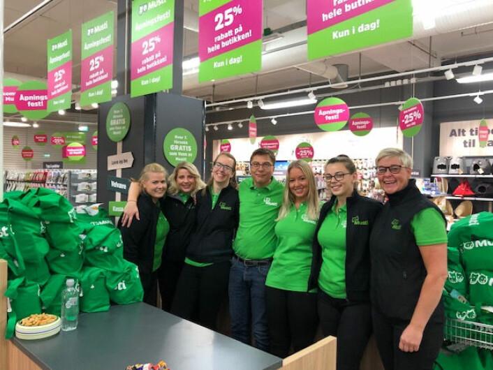 Musti-teamet i Kristiansund er klare for butikkåpning.