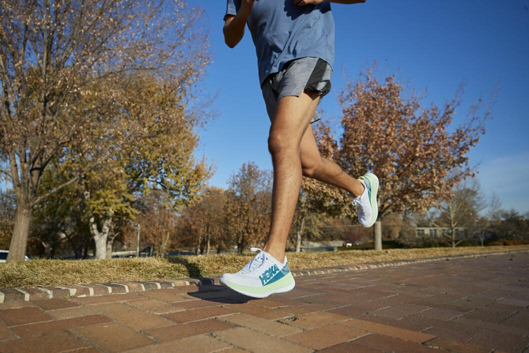 Hoka joggesko er en av de heteste januar-trendene hos sportsbutikkene. (Foto: Hoka One Hoka)
