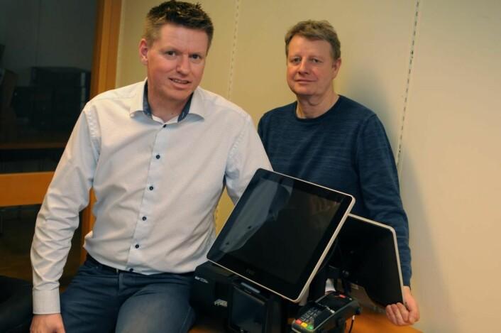 Salgssjef Pål-Erik Nilsen og teknisk sjef Rune Bertheussen i Qsystems Retail AS.