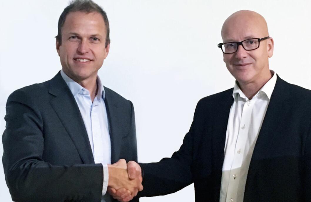Konsernsjef i Norsk GjenvinningErik Osmundsen (t.v.) og konsernsjef i Coop Norge Geir Inge Stokke er begge glade for at avtalen er i boks.