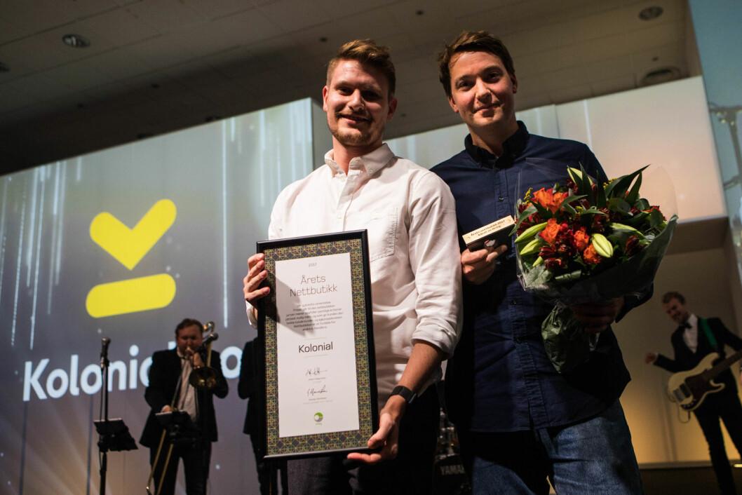 Kolonial.no - Årets nettbutikk. F.v. Andreas Skaranger og Christian Mikalsen. (Foto: Posten Norge)