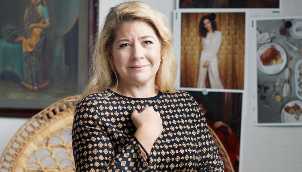Adm. dir. og eier Karin Lindahl i Indiska beklager at de legger ned alle de fem fysiske butikkene i Norge. Hun holder døra åpen for butikker i Norge igjen i framtida, men velger nå å satse på netthandel.