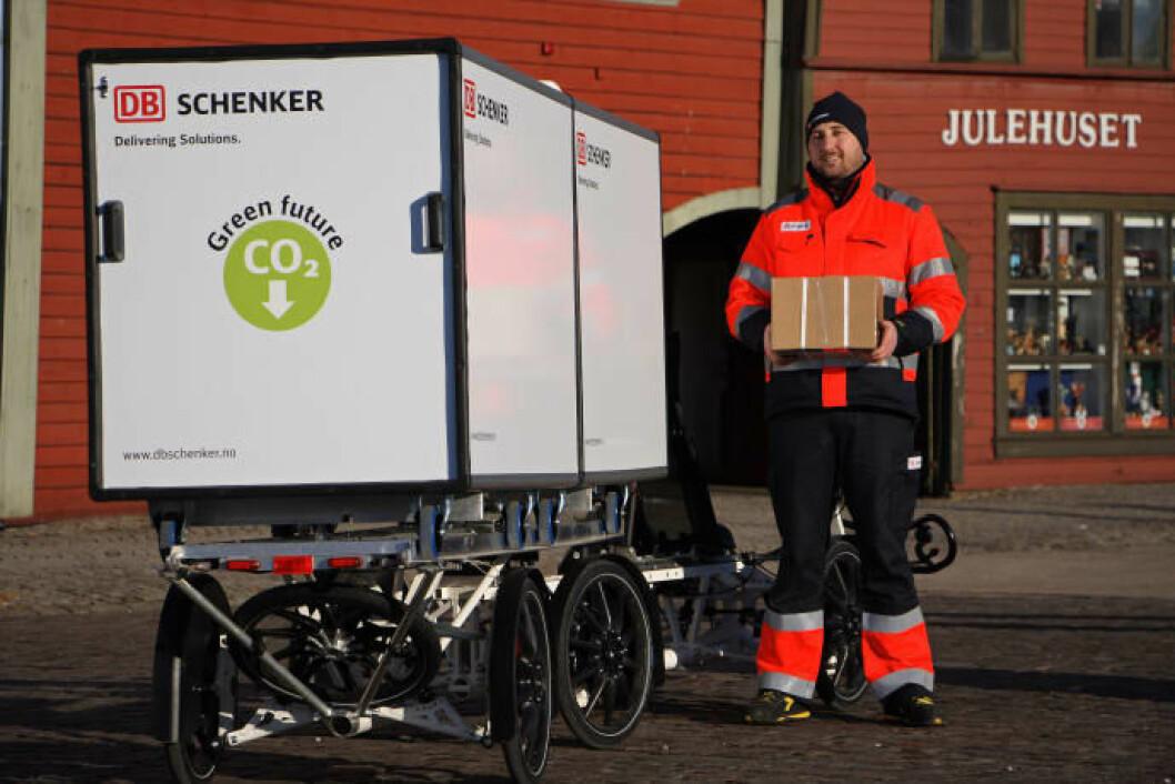 DB Schenker har tatt i bruk el-varesykkel i sentrum. På Bryggen ble sykkelsjåføren tatt godt i mot.
