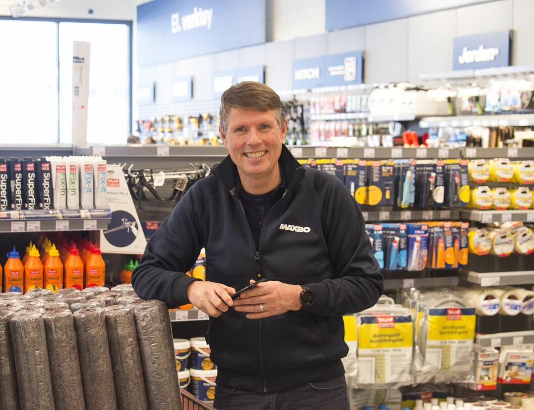 JAKTER ANSATTE: Regiondirektør Ronald Lilleberg Karlsen jakter nå på nye ansatte til Maxbo Hemsedal. Foto: Terje Bjørnsen