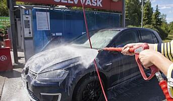 Solvarmet vann til bilvask