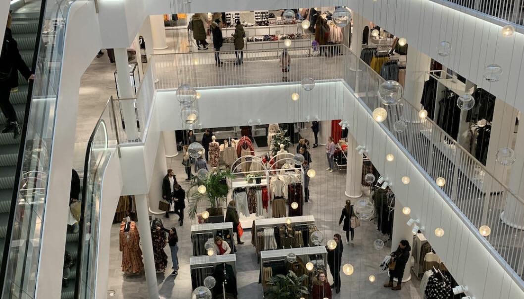 Ill. foto fra H&Ms flaggskipbutikk på Karl Johan.