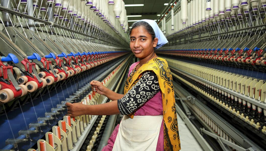 Vinneren H&M opplyser på hm.com blant annet hvilken fabrikk plaggene er produsert på og hvor mange ansatte det er på fabrikken. Ill. foto fra fabrikk i Bangladesh.