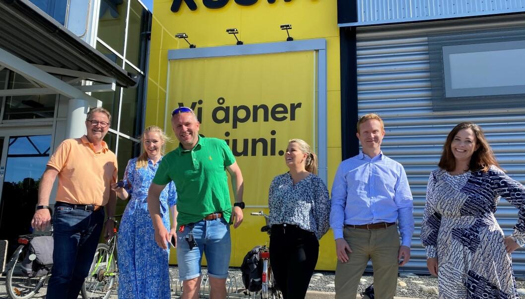 Seks nye butikker åpner på Stopp Tune i Sarpsborg. Her fra Rusta-åpningen i går. F.v.: Tor Nickelsen, Stine Landgraff Torvaldsen, Kenny Baller, Daniella Mossberg, Alexander Bromnes og Mariza Olausson.