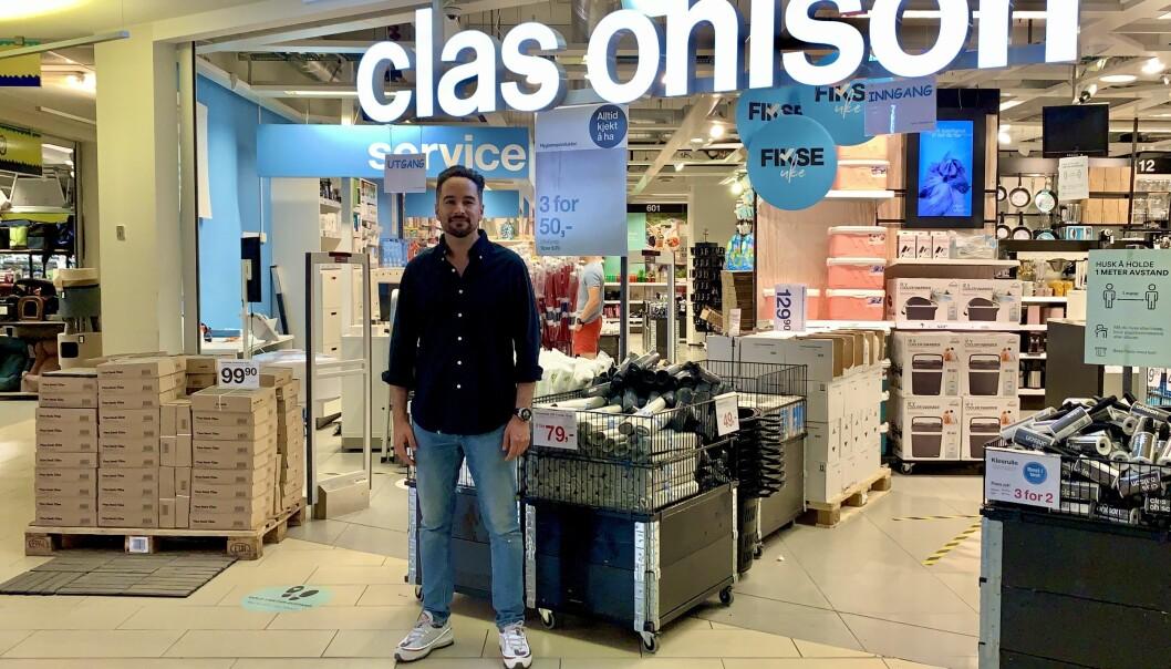 Yousef Musavi går fra byråbransjen til Clas Ohlson.