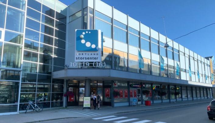 De fleste butikkene i Sortland Storsenter, som er Vesterålens største kjøpesenter, er tilbake i normal drift.