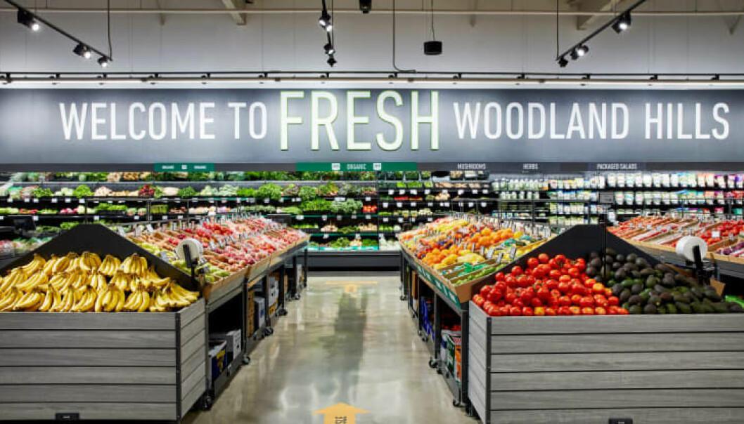 Amazon har åpnet sin første Fresh-butikk i Woodland Hills i Los Angeles.