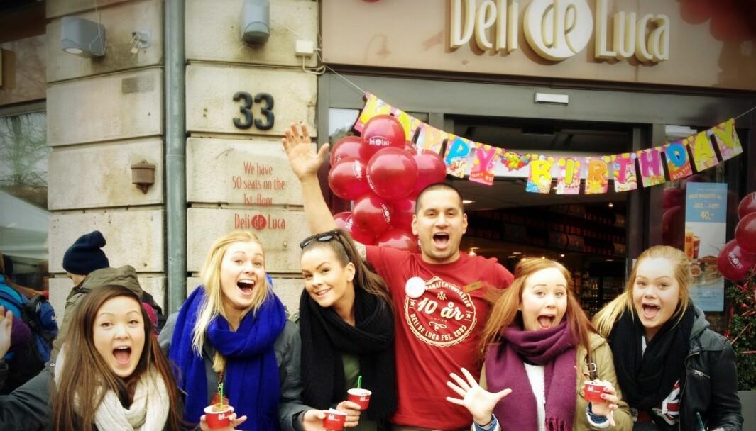 Ca 80 Deli de Luca-butikker gikk over til franchise i fjor, trolig norgesrekord i overgang til franchisekonseptet.