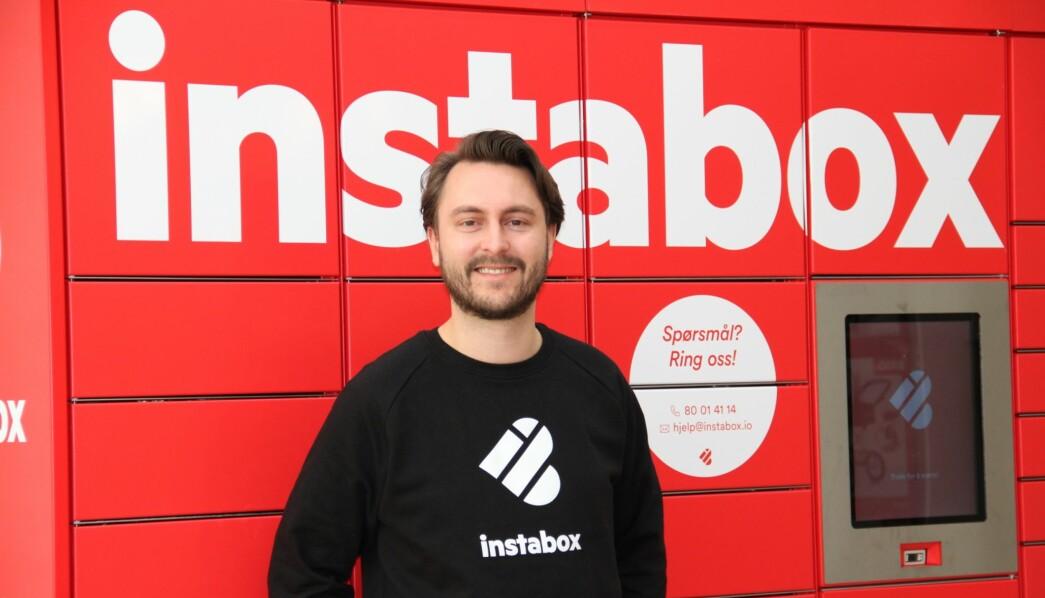 Norgessjefen i Instabox, Benjamin Dale, tror at henting i pakkeskap blir like vanlig som post i butikk og andre hjemleveringsløsninger.