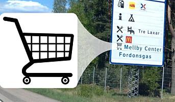 Åpner for veiskilt med navn til kjøpesentre
