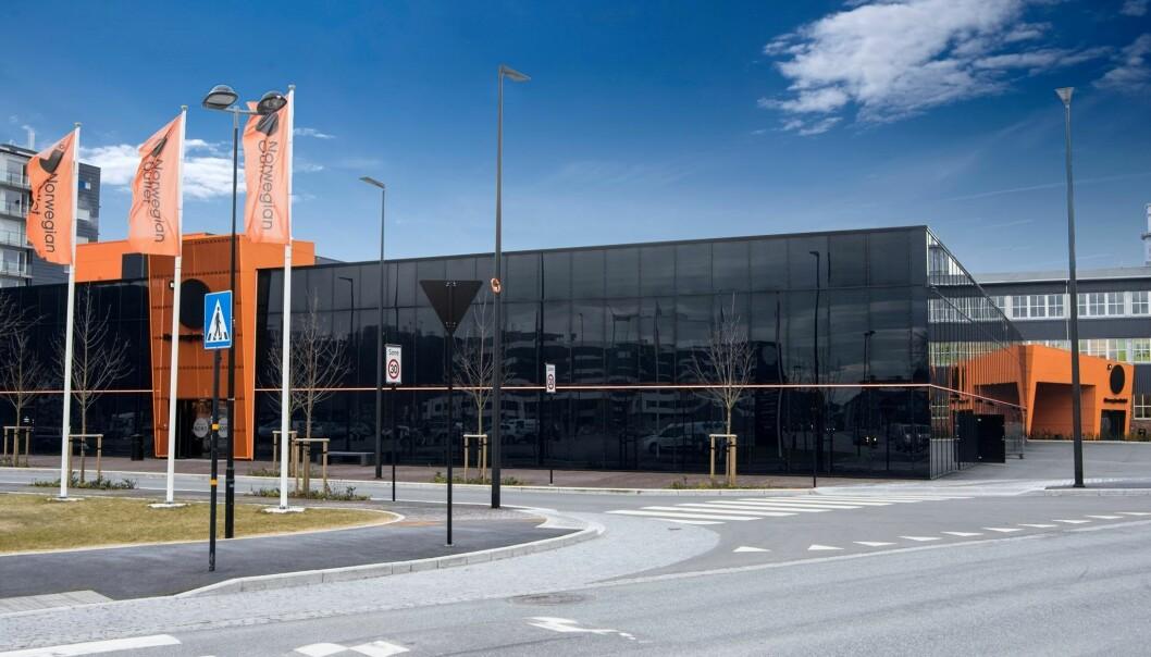 Mange har til nå gitt opp: Norwegian Outlet Stavanger på Ålgård resignerte i fjor etter en 18 måneder seig kamp for å få veiskilt ved E39. Nå skal de søke på ny.