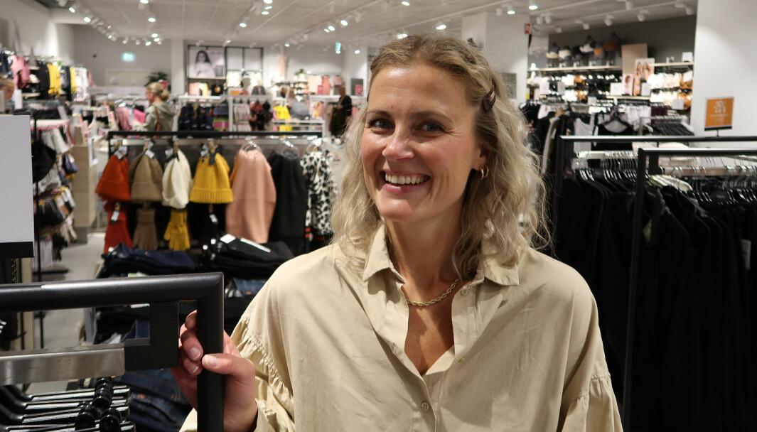 – Treningen og målingen gir oss energi og ekstra driv, sier Elise Myhre Hoe, butikksjef på KappAhl på Buskerud Storsenter i Krokstadelva.