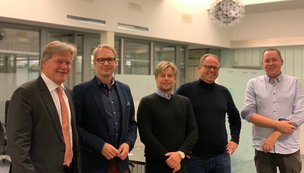 F. v.: Jørgen Waaler, Erik Haugen, Johnny Dahl, Espen Lippert og Kenneth Kristiansen.