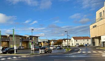 Kystbyen manglet elektrobutikk, nå åpner to samtidig