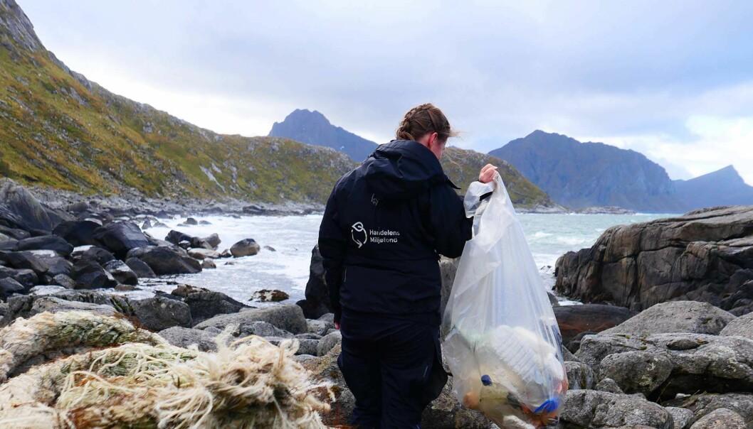Clas Ohlson vil bidra til å løse plastens miljøproblemer.