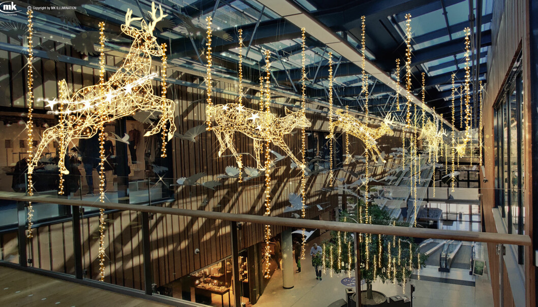 Design og utforming er noe som ikke har blitt gjort før i Norge – fem store dyr som lysskulpturer som hopper gjennom glassgaten på senteret.