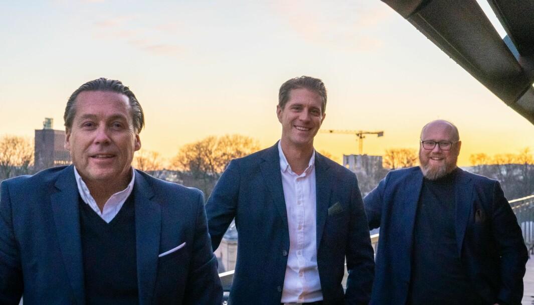 F.v. Sigurd Herrlin Sørensen og Håkon Smith-Andersen i Retail Energy skal samarbeide tett med Toralf Waaktaar-Slokvik i Oculos.