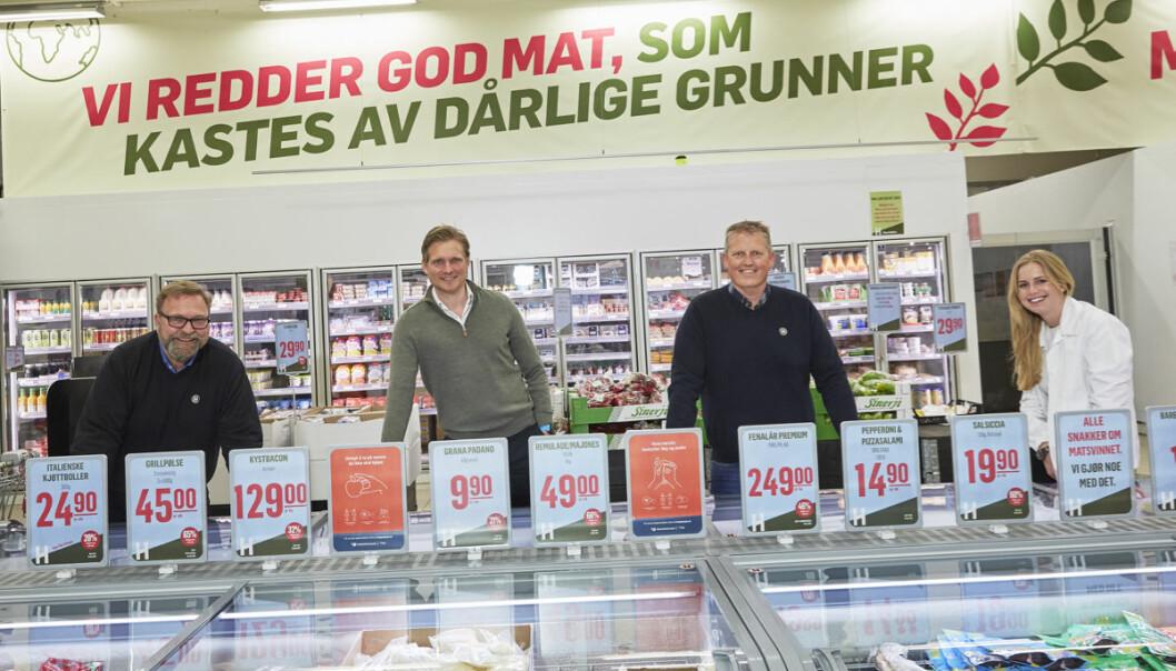 Holdbart har nylig fått ny majoritetseier. Fra venstre Trond J. Laeng (Holdbart), Martin Gjølme (Summa Equity), Thor Johansen (Holdbart) og Hannah Jacobsen (Summa Equity).
