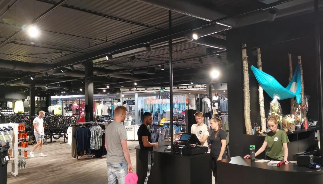 Nye Sporten er med i Stadion og åpnet sin butikk nr 2 før helgen, på Kremmertorget på Elverum.