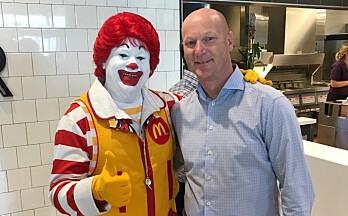 McDonald's inn på Tuven-senteret med drive-thru