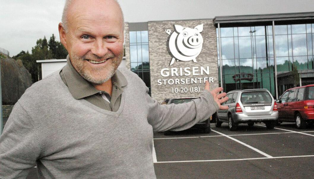 Eier og gründer Kjell Lunde har bygget Grisen Storsenter i Tvedestrand, og i tillegg en rekke andre handels- og næringsbygg på Bergsmyr i nabolaget. Han har bygget ut og vil ha flere inn.